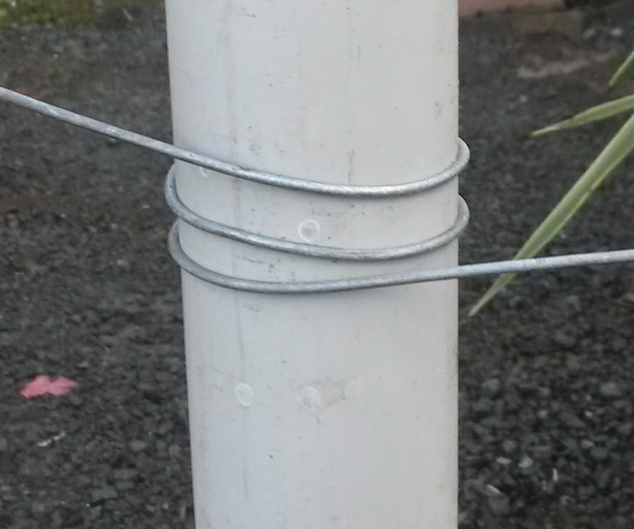 bracewaire support post detail